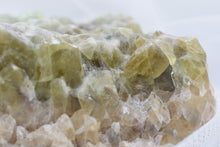 Load image into Gallery viewer, Green Calcite Altar