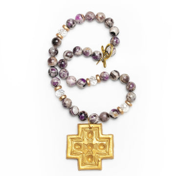 Flower Amethyst with Lere Cross Necklace