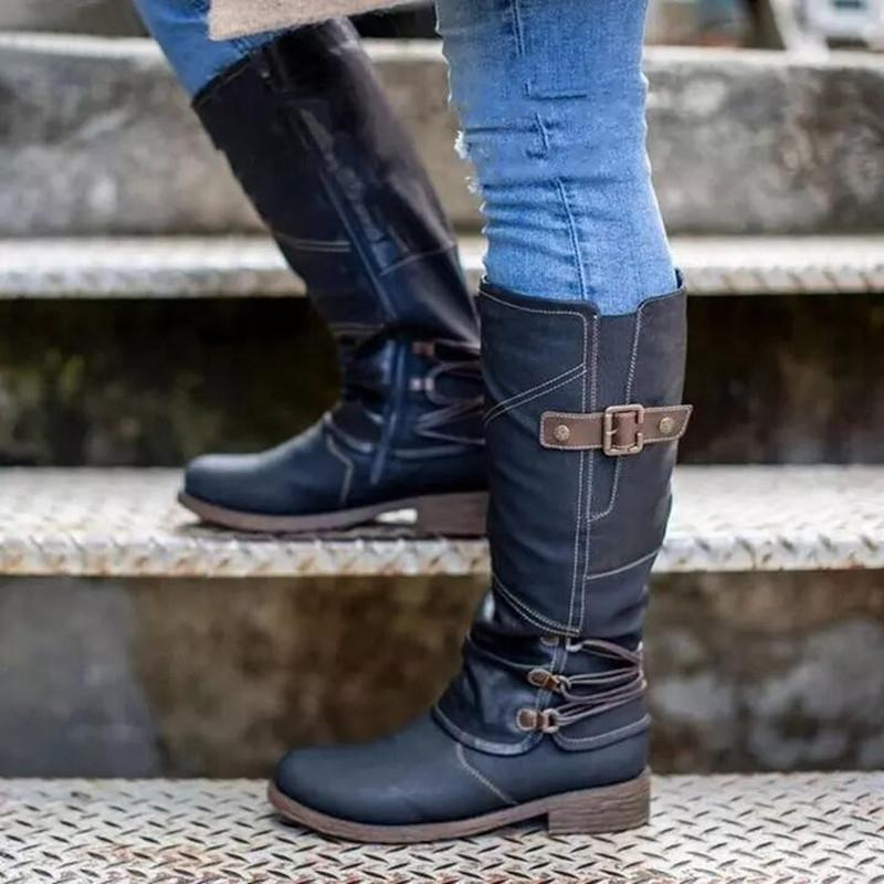 Flat women's leather boots