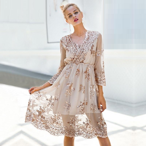 2018 Fashionable Women Dresses collection - V neck long sleeve sequin party dresses
