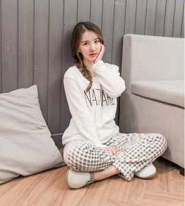 2018 Fashionable Women Sleepwear collection - Thick Warm Flannel Pajamas Sets