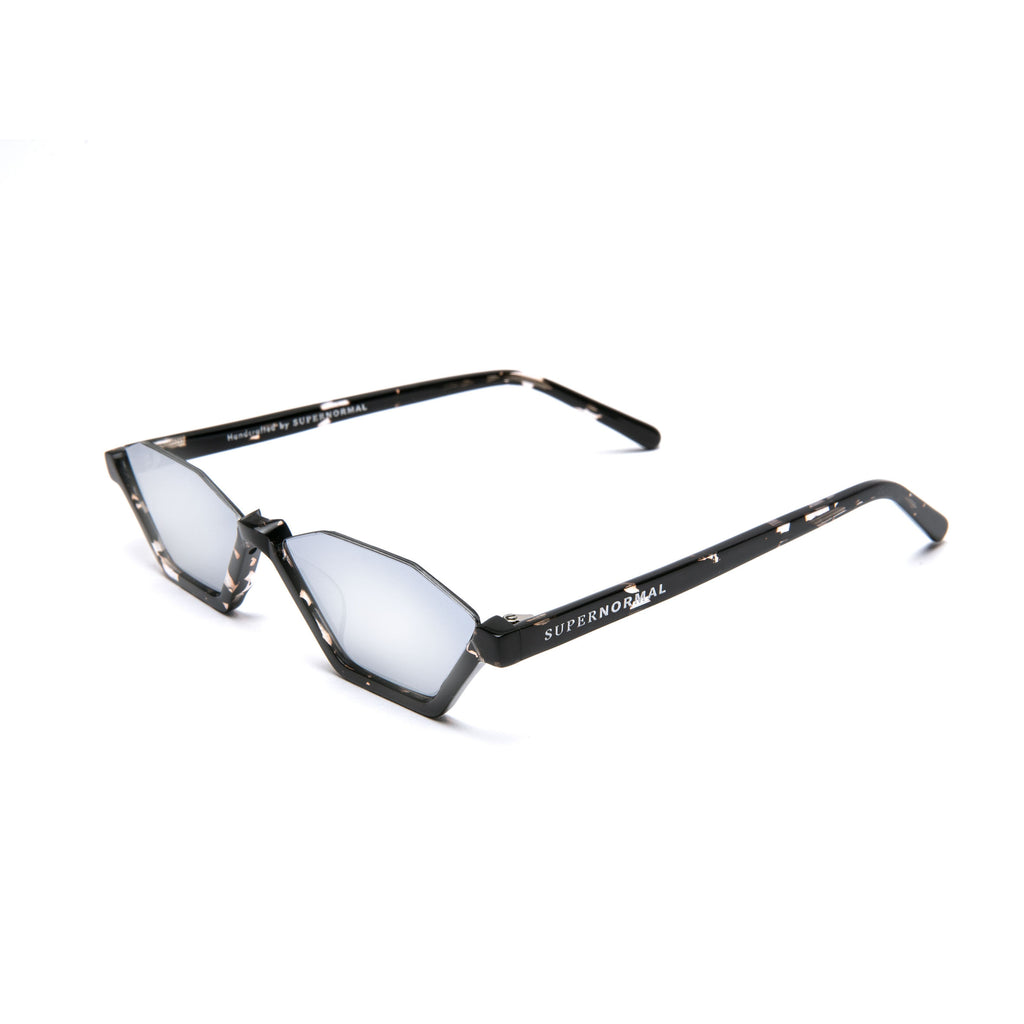 REBELLIOUS Patterned Black frame + Mirrored lenses