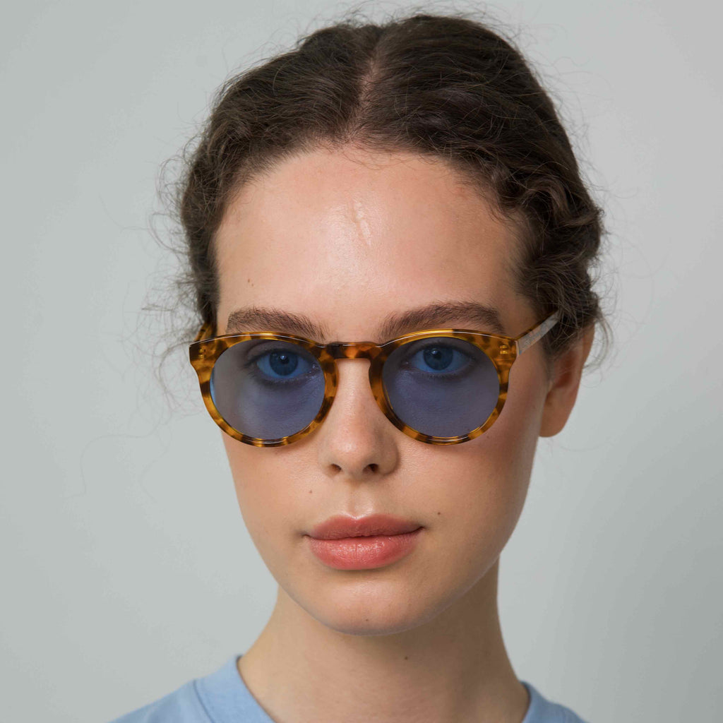 SHARP Tortoise frame + Blue lenses