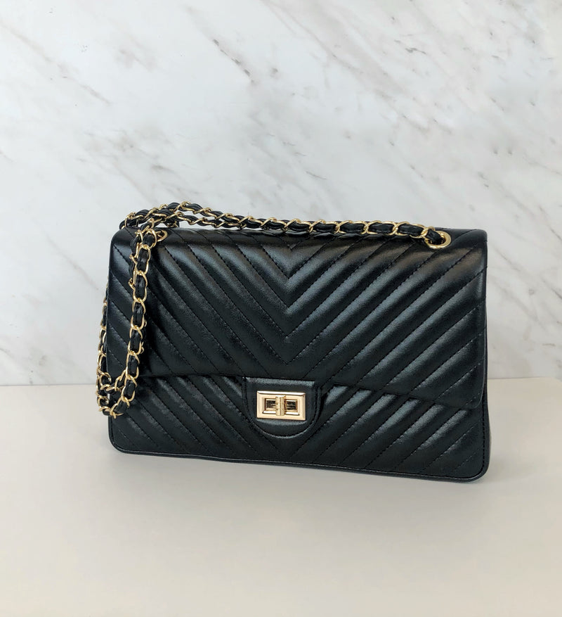 Chevron Classic Flap Shoulder Bag | Onyx