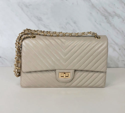 Chevron Classic Flap Shoulder Bag | Ivory