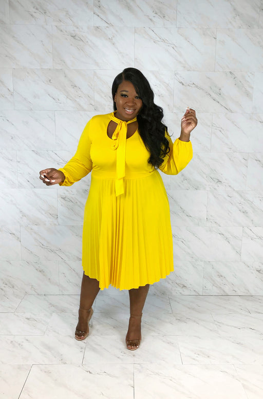 High Society Pleated Midi Dress | Lemon