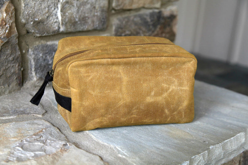 Waxed Canvas Lined Travel Kit