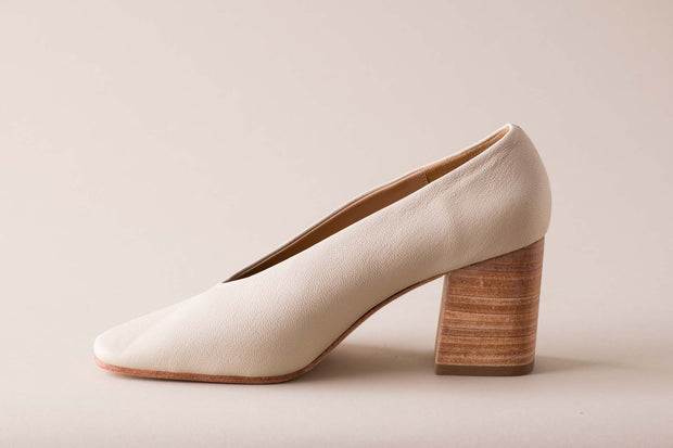 Huma Blanco Salvador Pump in Bone