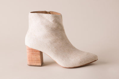 Huma Blanco Vania Boot in Bone Calf Hair