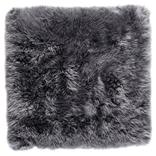 Load image into Gallery viewer, gray shag rug