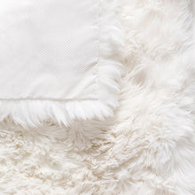 Load image into Gallery viewer, white fur carpet