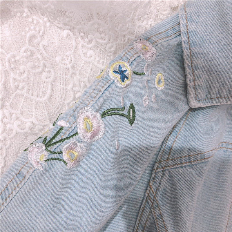 2019 NEW RETRO FLOWER EMBROIDERY DENIM COAT BY24017
