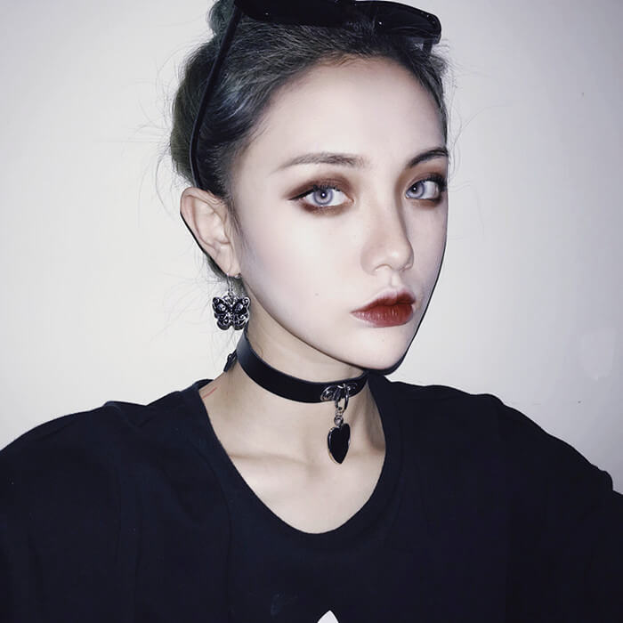 DARK FASHION BLACK HEART CHOKER BY60407