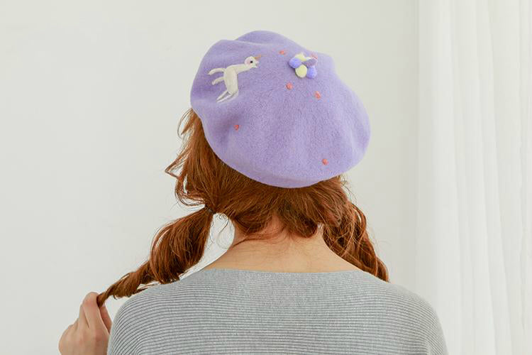 ''DREAM HORSE'' PURPLE BERET BY51036