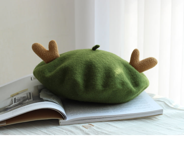CUTE ANTLER CHRISTMAS BERET BY51011