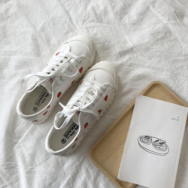 CUTE STRAWBERRY CANVAS SHOES BY81011