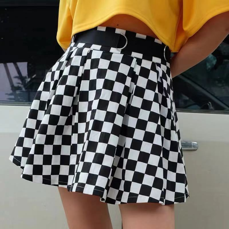 DARK GETHIC BLACK WHITE GRID SKIRT BY61015