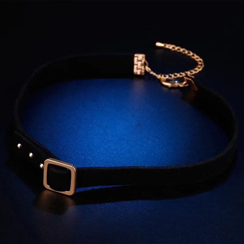 FASHION BLACK NECKLACE
