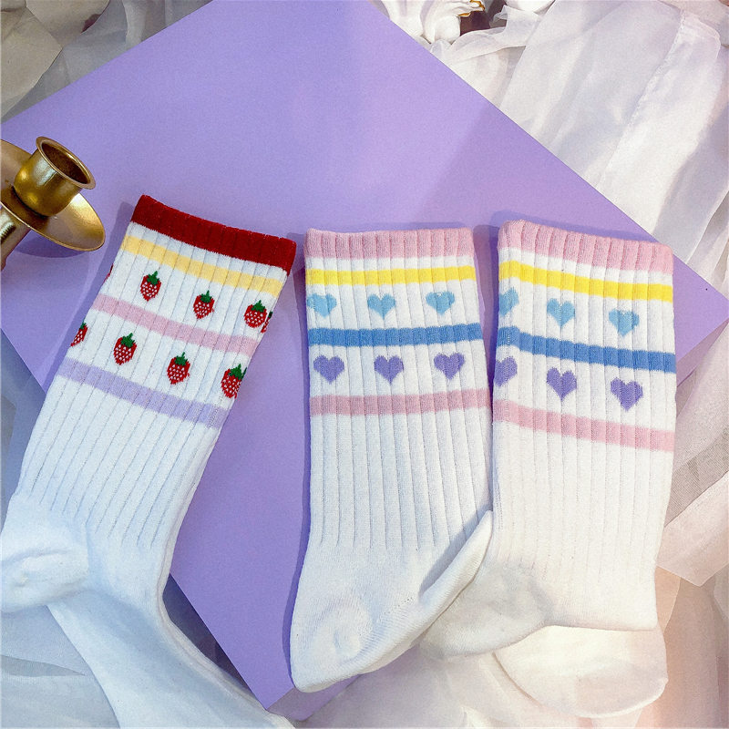 2 PAIRS KOREAN ULZZANG LOVE STRAWBERRY SOCKS BY64016