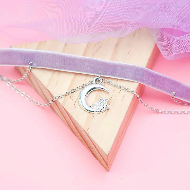 SWEET STAR AND MOON CHOKER