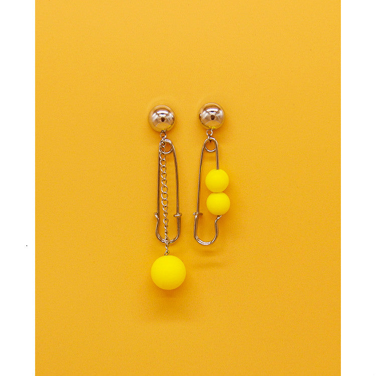 STRANGE ASYMMETRIC EARRINGS
