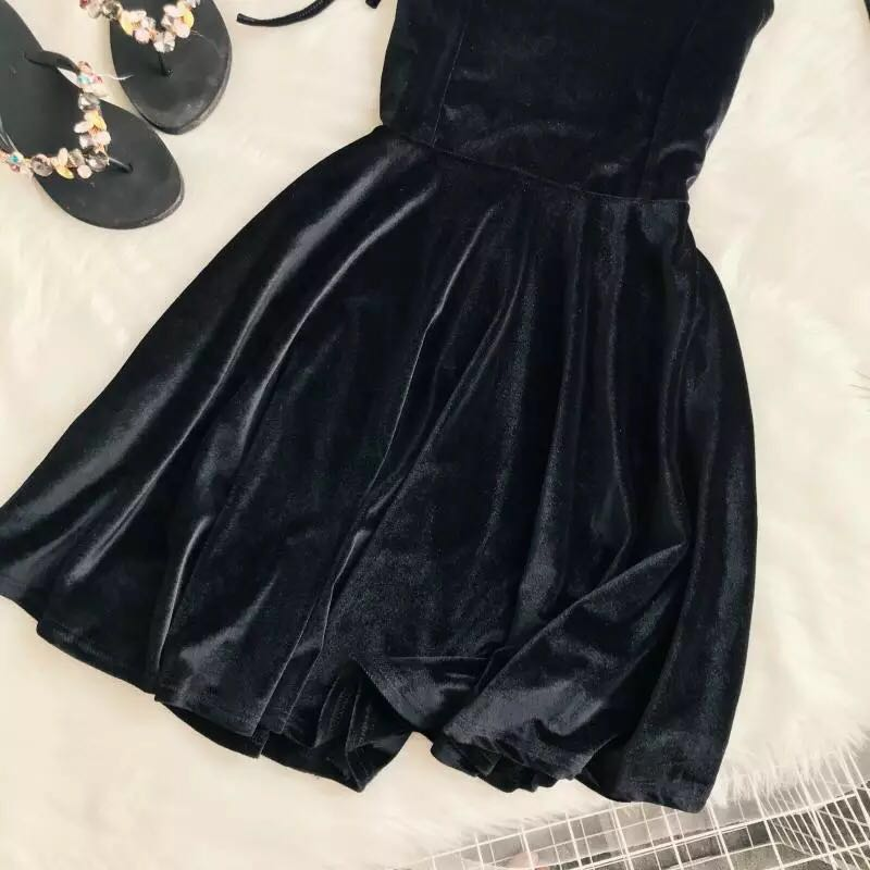 VELVET HALTER DRESS BY71058