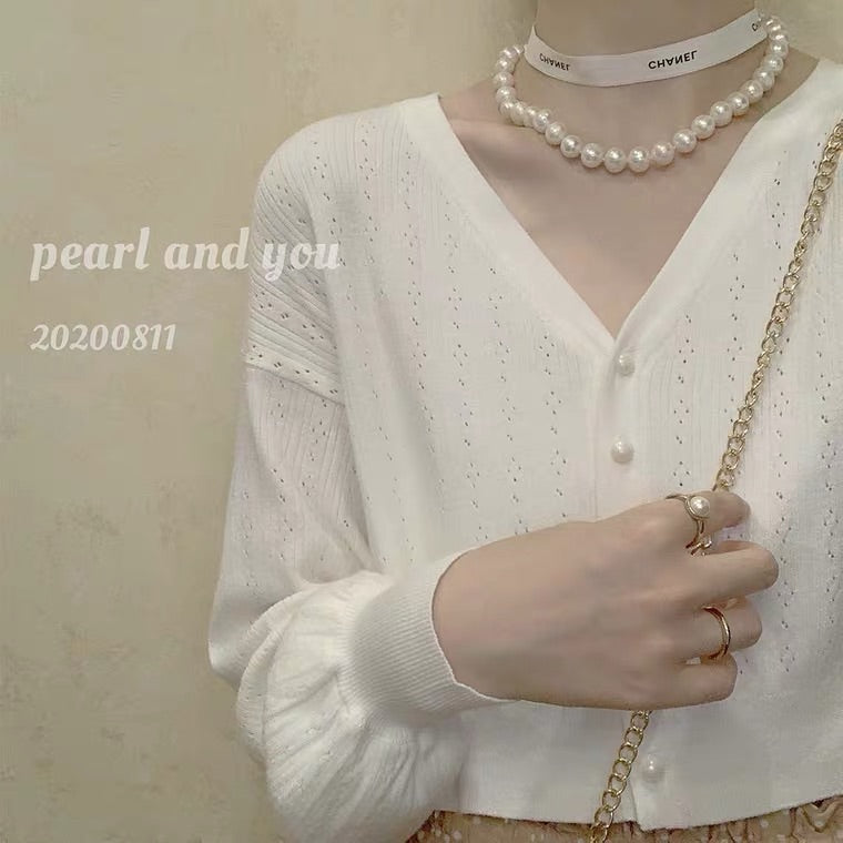 """PEARL AND YOU"" WHITE KNIT SWEATER BY41111"