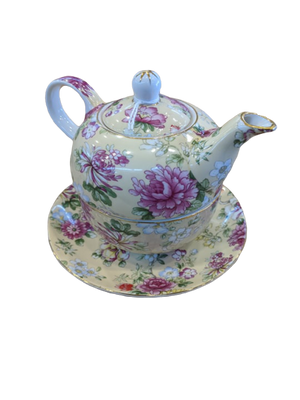 Royal Devonshire Teapot & Saucer - Hansel and Gretel Coffee House