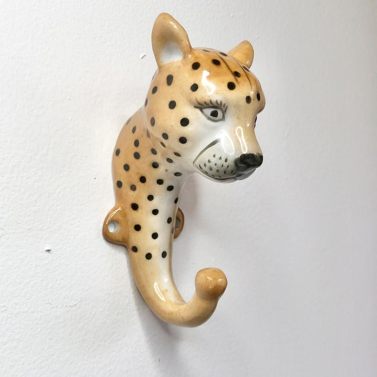 Cheetah Hook Ceramic