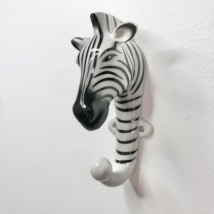 Zebra Hook Ceramic