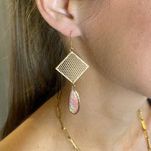Load image into Gallery viewer, Pink Druzies Necklace & Grid Earrings Set