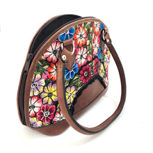 Load image into Gallery viewer, Full Grain Leather Purse with Mayan Huipil Fabric Body No. 22
