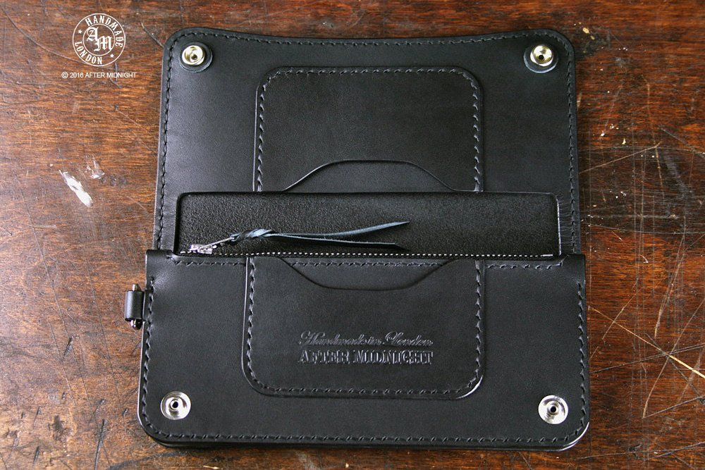 Trucker Wallet 'Concealed' in Black - Long