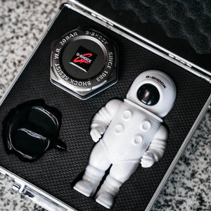 "Casio G SHOCK x ""ION ORCHARD"" 10th Anniversary Collaboration by ""JAHAN LOH"" DW-5600MW"