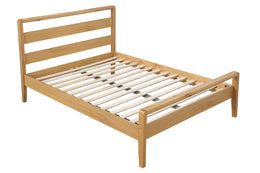 Classique Wooden Bed in Oak Finish