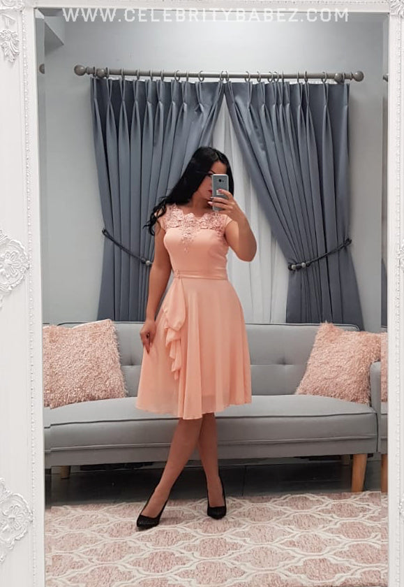 Lace And Diamante Knee Length Prom Dress In Peach