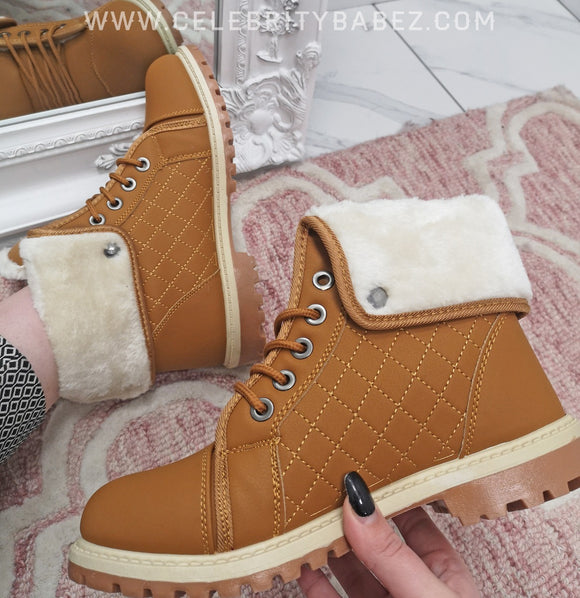 Quilted Fur Lined Ankle Boot In Tan