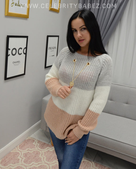 Three Tone Jumper With Necklace In Grey