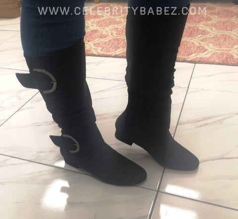 Textured Leatherette Knee Length Boots In Black