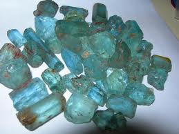 Cinebling Birthstone Blog March Rough Aquamarine