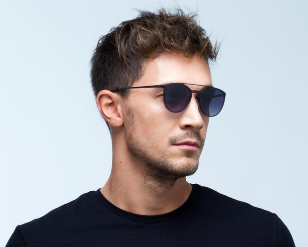 Spect Electra - 001 Portrait men side