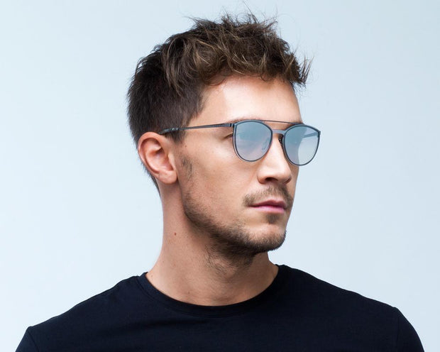 Spect Electra - 002 Portrait men side