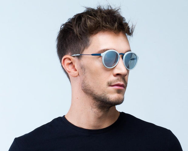 Spect Patagonia - 001P Portrait men side