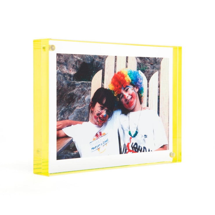 Magnet Frame Yellow 25x35 Fab
