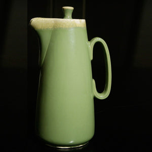 Hull Coffeepot Green Drip Glaze