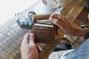 Wing Fold Card Case (Brown)