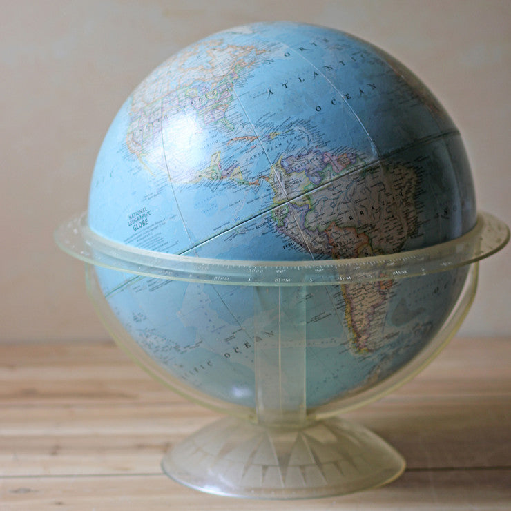 Globe With Plastic Stand