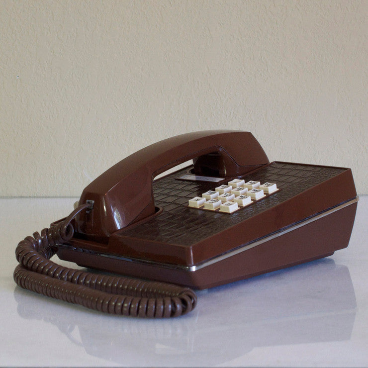 '70s Alligator Phone Brown