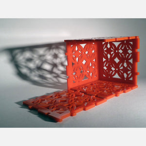 Geometric Motif Cube Lamp Red