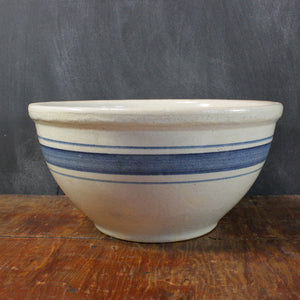 Country Style Stoneware Bowl